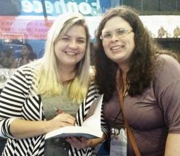 Com a autora Bianca Briones